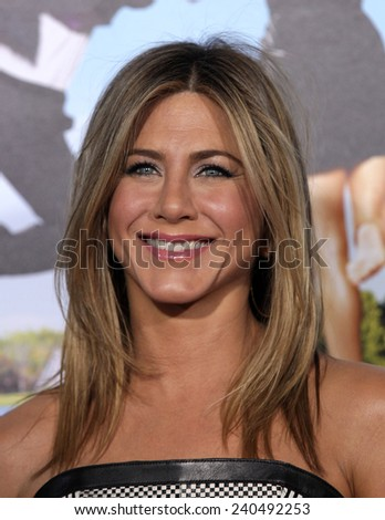 "LOS ANGELES - FEB 16:  JENNIFER ANISTON arrives to the ""'Wanderlust' World Premiere  on February 16, 2012 in Westwood, CA"