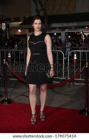 "LOS ANGELES - FEB 24:  Jessica De Gouw at the ""Non-Stop"" Premiere at Village Theater on February 24, 2014 in Westwood, CA"
