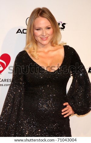 LOS ANGELES - FEB 11:  Jewel arrives at the Muiscares Gala Honoring Barbra Streisand at Convention Center on February 11, 2011 in Los Angeles, CA