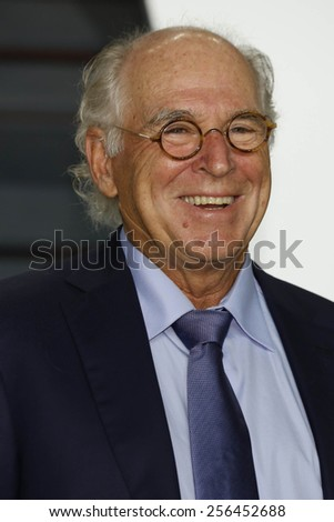 LOS ANGELES - FEB 22:  Jimmy Buffett at the Vanity Fair Oscar Party 2015 at the Wallis Annenberg Center for the Performing Arts on February 22, 2015 in Beverly Hills, CA