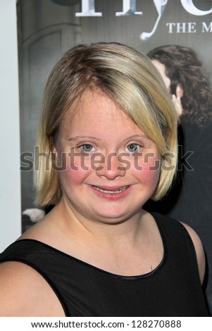 LOS ANGELES - FEB 12:  Lauren Potter arrives at the Jekyll & Hyde Play Opening at the Pantages Theater on February 12, 2013 in Los Angeles, CA