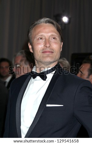 LOS ANGELES - FEB 24:  Mads Mikkelsen arrives at the 85th Academy Awards presenting the Oscars at the Dolby Theater on February 24, 2013 in Los Angeles, CA