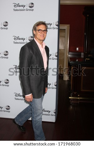 LOS ANGELES - JAN 17:  Henry Czerny at the Disney-ABC Television Group 2014 Winter Press Tour Party Arrivals at The Langham Huntington on January 17, 2014 in Pasadena, CA - stock photo