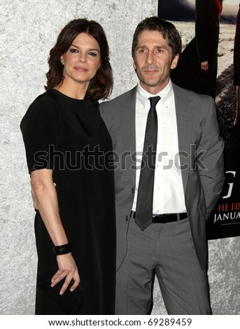 "LOS ANGELES - JAN 12: Jeanne Tripplehorn & Leland Orser arrive at the Season 5 premiere of ""Big Love""  on January 12, 2011 in Los Angeles, CA"