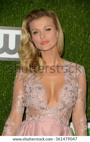LOS ANGELES - JAN 9:  Joanna Krupa at the The CW World Dog Awards at the Barker Hanger on January 9, 2016 in Santa Monica, CA