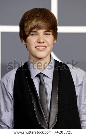 LOS ANGELES - JAN 31:  Justin Bieber arrives at the 52nd Annual GRAMMY Awards held at Staples Center in Los Angeles, California on January 31, 2010.