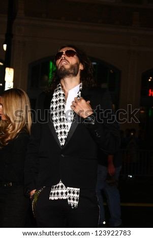 LOS ANGELES - JAN 7:  Russell Brand arrives at the 'Gangster Squad' Premiere at Graumans Chinese Theater on January 7, 2013 in Los Angeles, CA