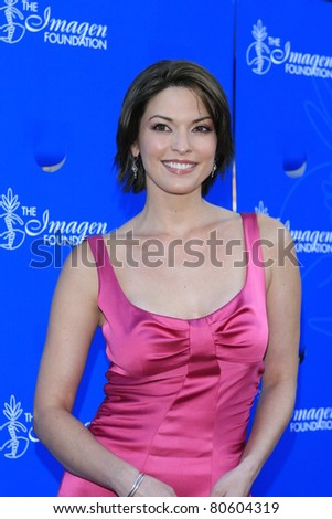 LOS ANGELES - JUL 28: Alana De La Garza at the 22nd Annual Imagen Awards, held at the Walt Disney Hall in downtown, Los Angeles, California on July 28, 2007