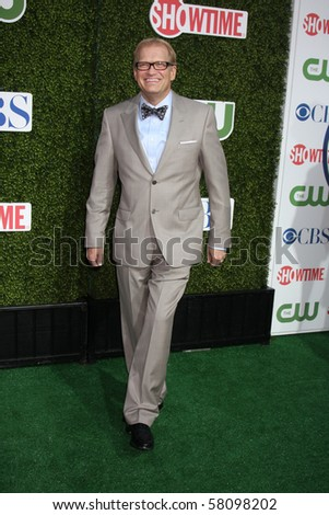 LOS ANGELES - JUL 28:  Drew Carey arrives at the 2010 CBS, The CW, Showtime Summer Press Tour Party  at The Tent Adjacent to Beverly Hilton Hotel on July28, 2010 in Beverly Hills, CA ...
