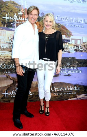 LOS ANGELES - JUL 27:  Jack Wagner, Josie Bissett at the Hallmark Summer 2016 TCA Press Tour Event at the Private Estate on July 27, 2016 in Beverly Hills, CA