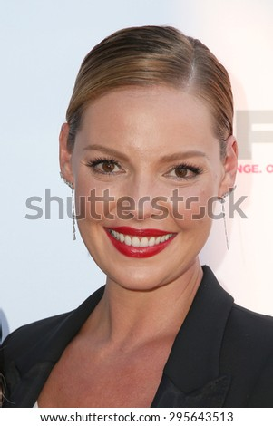"LOS ANGELES - JUL 10:  Katherine Heigl at the ""Jenny's Wedding"" Premiere at Outfest at the Directors Guild of America on July 10, 2015 in Los Angeles, CA"