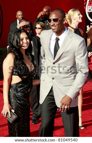 LOS ANGELES - JUL 15: Kobe Bryant and wife Vanessa at the 2009 ESPY Awards held at the Nokia Theater in Los Angeles, California on July 15, 2009 - stock photo