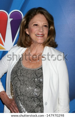 LOS ANGELES - JUL 27:  Linda Lavin at the NBC TCA Summer Press Tour 2013 at the Beverly Hilton Hotel on July 27, 2013 in Beverly Hills, CA