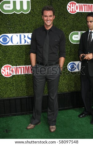 LOS ANGELES - JUL 28:  Owain Yeoman arrives at the 2010 CBS, The CW, Showtime Summer Press Tour Party  at The Tent Adjacent to Beverly Hilton Hotel on July28, 2010 in Beverly Hills, CA ...