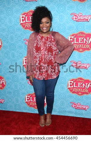 "LOS ANGELES - JUL 16:  Yvette Nicole Brown arrives to the Disney Channel's ""Elena of Avalor"" Los Angeles Premiere on July 16, 2016 in Beverly Hills, CA                 - stock photo"