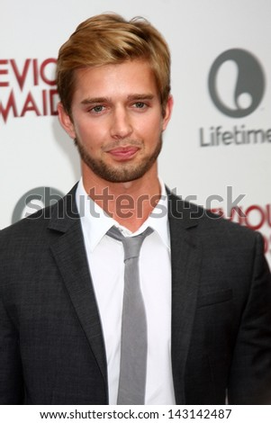 "LOS ANGELES - JUN 17:  Drew Van Acker arrives at the ""Devious Maids""  Lifetime's Original Series Premiere at the Bel-Air Bay Club on June 17, 2013 in Pacific Palisades, CA"