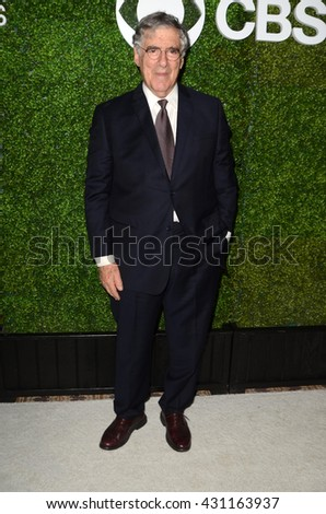 LOS ANGELES - JUN 2:  Elliott Gould at the 4th Annual CBS Television Studios Summer Soiree at the Palihouse on June 2, 2016 in West Hollywood, CA