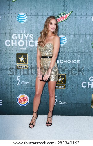 LOS ANGELES - JUN 6:  Hannah Davis at the Guys Choice Awards 2015 at the Culver City on June 6, 2015 in Sony Studios, CA