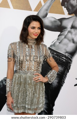 "LOS ANGELES - JUN 25:  Jenna Dewan-Tatum at the ""Magic Mike XXL"" Premiere at the TCL Chinese Theater on June 25, 2015 in Los Angeles, CA"