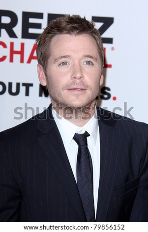 LOS ANGELES - JUN 20:  Kevin Connolly arrives at the 1st Annual Critics' Choice Television Awards at Beverly Hills Hotel on June 20, 2004 in Beverly Hills, CA