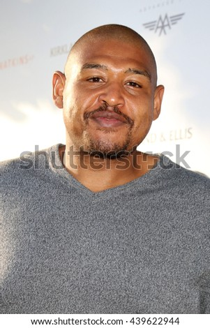 LOS ANGELES - JUN 18: Omar Miller at the Stand For Kids Gala at the Twentieth Century Fox Studios Lot on  ,  June 18, 2016 in Century City, CA - stock photo