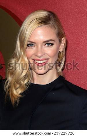 LOS ANGELES - MAR 1:  Jaime King at the QVC 5th Annual Red Carpet Style Event at the Four Seasons Hotel on March 1, 2014 in Beverly Hills, CA