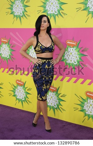 LOS ANGELES - MAR 23:  Katy Perry arrives at Nickelodeon's 26th Annual Kids' Choice Awards at the USC Galen Center on March 23, 2013 in Los Angeles, CA