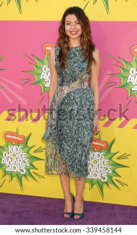 LOS ANGELES - MAR 23 - Miranda Cosgrove arrives at the Nickelodeons 2013 Kids Choice Awards on March 23,  2013 in Los Angeles, CA              - stock photo