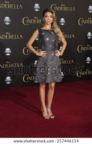 """LOS ANGELES - MAR 1:  Sarah Hyland at the """"Cinderella"""" World Premiere at the El Capitan Theater on March 1, 2015 in Los Angeles, CA - stock photo"""