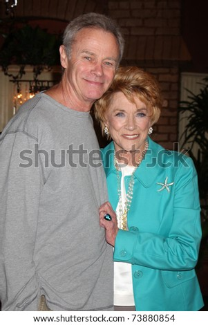 LOS ANGELES - MAR 24:  Tristian Rogers, Jeanne Cooper at the Young & Restless 38th Anniversary On Set Press Party at CBS Television City on March 24, 2011 in Los Angeles, CA