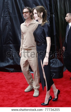 LOS ANGELES - MAY 22:  Angelina Jolie, Brad Pitt at the premiere of Kung Fu Panda 2 at the Grauman's Chinese Theater in Los Angeles, California on May 22, 2011.