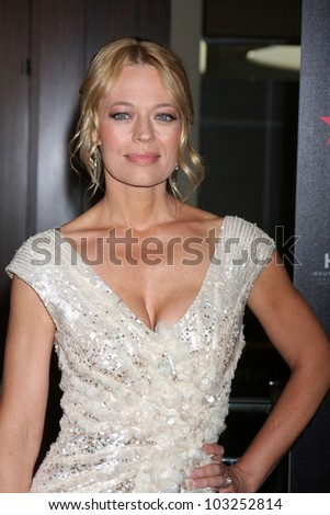 LOS ANGELES - MAY 22:  Jeri Ryan arrives at the 37th Annual Gracie Awards Gala at Beverly Hilton Hotel on May 22, 2012 in Beverly Hllls, CA