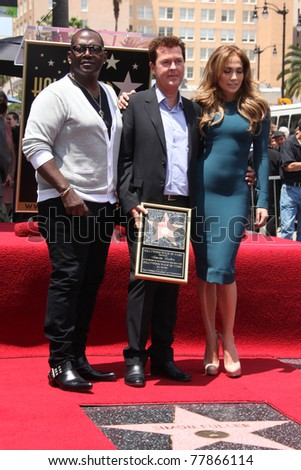 LOS ANGELES - MAY 23:  Randy Jackson, Simon Fuller, Jennifer Lopez at the Simon Fuller Hollywood Walk Of Fame Star Ceremony at W Hotel - Hollywood on May 23, 2011 in Los Angeles, CA