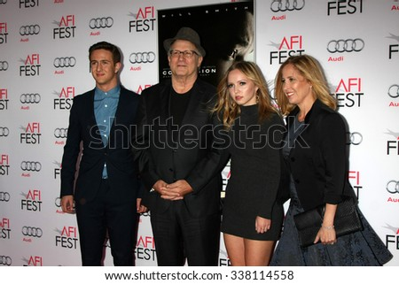 "LOS ANGELES - NOV 10:  Albert Brooks at the AFI Fest 2015 Presented by Audi - ""Concussion"" Premiere at the TCL Chinese Theater on November 10, 2015 in Los Angeles, CA"
