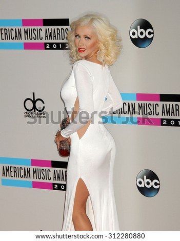 LOS ANGELES - NOV 24:  Christina Aguilera arrives at the 2013 American Music Awards Arrivals  on November 24, 2013 in Los Angeles, CA