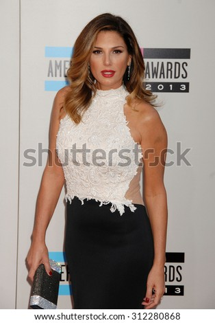 LOS ANGELES - NOV 24:  Daisy Fuentes arrives at the 2013 American Music Awards Arrivals  on November 24, 2013 in Los Angeles, CA