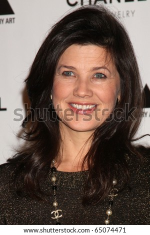 "LOS ANGELES - NOV 13:  Daphne Zuniga arrives at the MOCA's Annual Gala ""The Artist's Museum Happening"" 2010 at Museum of Contemporary Art on November 13, 2010 in Los Angeles, CA"