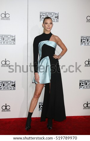 LOS ANGELES - NOV 20:  Karlie Kloss at the 2016 American Music Awards at Microsoft Theater on November 20, 2016 in Los Angeles, CA