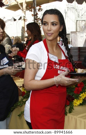 LOS ANGELES - NOV 23:  Kim Kardashian at the LA Mission Thanksgiving Meal Service at LA Mission on November 23, 2011 in Los Angeles, CA