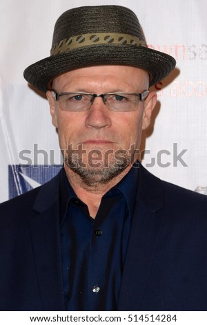 LOS ANGELES - NOV 10:  Michael Rooker at the 2016 TMA Heller Awards at Beverly Hilton Hotel on November 10, 2016 in Beverly Hills, CA
