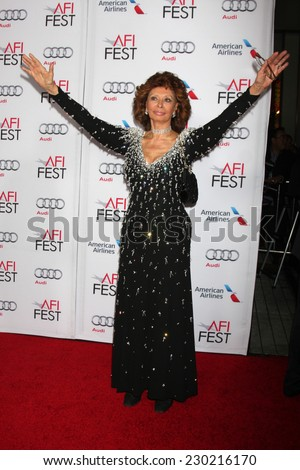 LOS ANGELES - NOV 12:  Sophia Loren at the A Special Tribute to Sophia Loren at AFI Film Festival at the Dolby Theater on November 12, 2014 in Los Angeles, CA