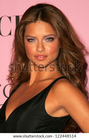 LOS ANGELES - NOVEMBER 16: Adriana Lima arriving at The Victoria's Secret Fashion Show at Kodak Theatre on November 16, 2006 in Hollywood, CA. - stock photo
