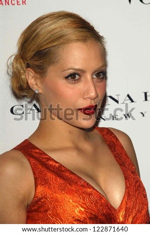 LOS ANGELES - NOVEMBER 13: Brittany Murphy at the opening of the Carolina Herrera Los Angeles Boutique at Carolina Herrera on November 13, 2006 in Los Angeles, CA.