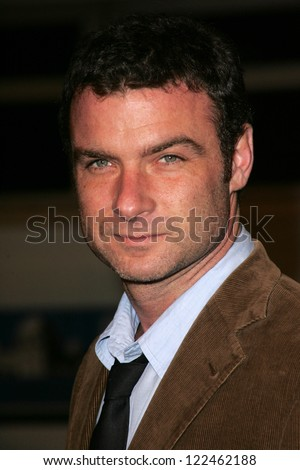 "LOS ANGELES - NOVEMBER 11: Liev Schreiber at the United States Premiere of ""The Fountain"" at Grauman's Chinese Theatre on November 11, 2006 in Hollywood, CA."