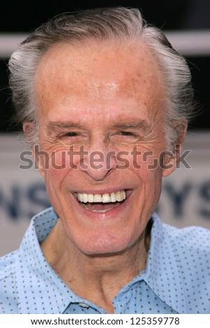 "LOS ANGELES - NOVEMBER 12: Robert Culp at the world premiere of ""Happy Feet"" at Grauman's Chinese Theatre November 12, 2006 in Hollywood, CA."
