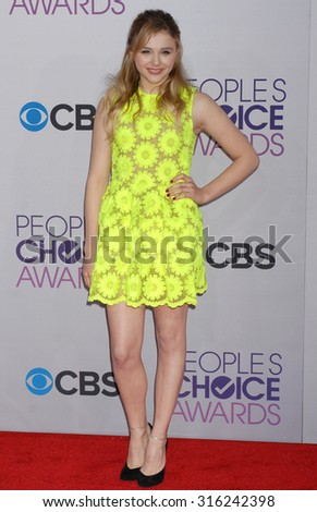 LOS ANGELES - OCT 4:  Chloe Grace Moretz arrives at the 2013 Peoples Choice Awards  on January 9, 2013 in Los Angeles, CA