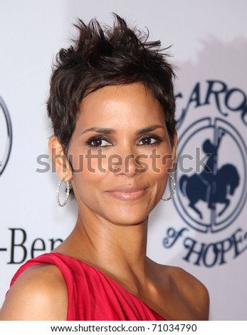 LOS ANGELES - OCT 23:  HALLE BERRY arrive to the Carousel of Hope 2010  on October 23,2010 in Beverly Hills, CA - stock photo