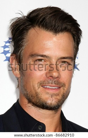 "LOS ANGELES - OCT 14:  Josh Duhamel arriving at the Clinton Foundation ""Decade of Difference"" Gala at the Hollywood Palladium on October 14, 2011 in Los Angelees, CA"