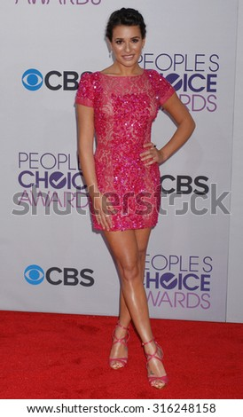 LOS ANGELES - OCT 4:  Lea Michele arrives at the 2013 Peoples Choice Awards  on January 9, 2013 in Los Angeles, CA