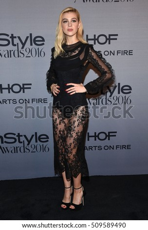 LOS ANGELES - OCT 24:  Nicola Peltz arrives to the InStyle Awards 2016 on October 24, 2016 in Hollywood, CA